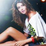 Thaila Ayala é Estrela de Campanha de Moda
