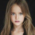 Russa de 8 Anos é Considerada a Mirim Mais Bela do Mundo