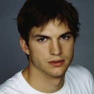 Ashton Kutcher no Lugar de Charlie Sheen em Two and a Half Men