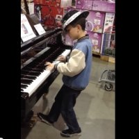 Show de Piano no Supermercado
