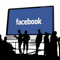 Facebook Quer Lançar Versão Profissional da Rede Social