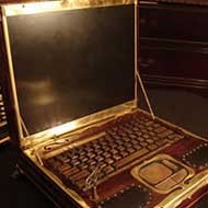 Laptop Steampunk Estilo Vitoriano